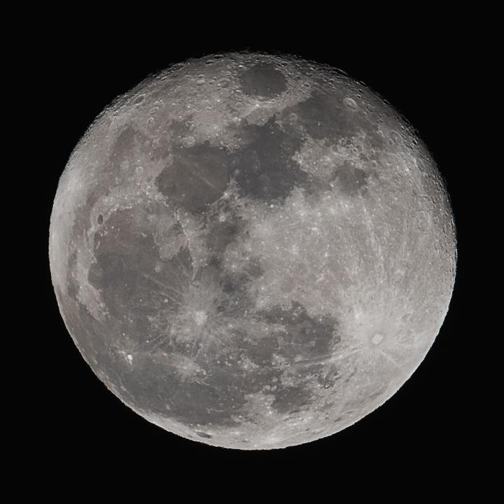 moon_160125_01.jpg