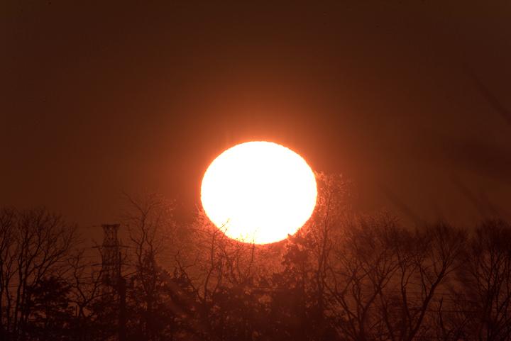 sunrise_160101_01.jpg