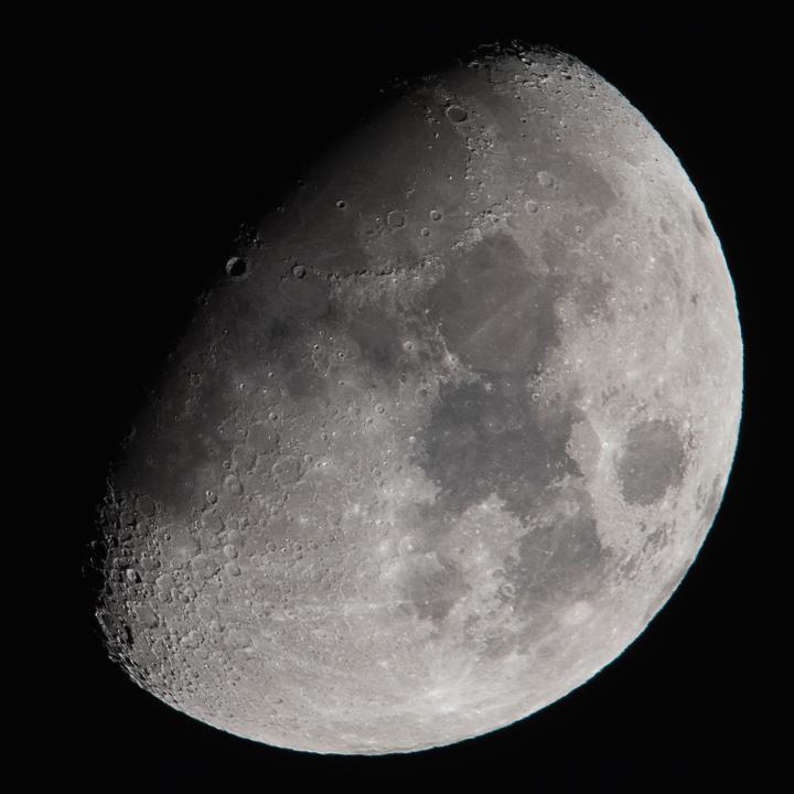 moon_160217_01.jpg